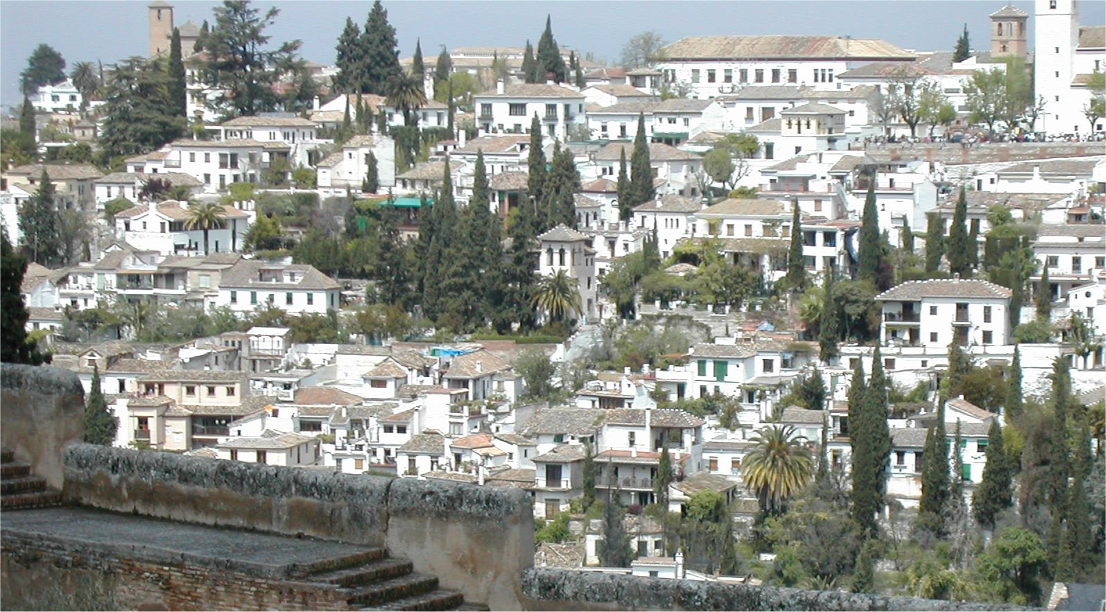 Foto de barrio de el albaic n en granada en espa a europa for La casa de granada en madrid